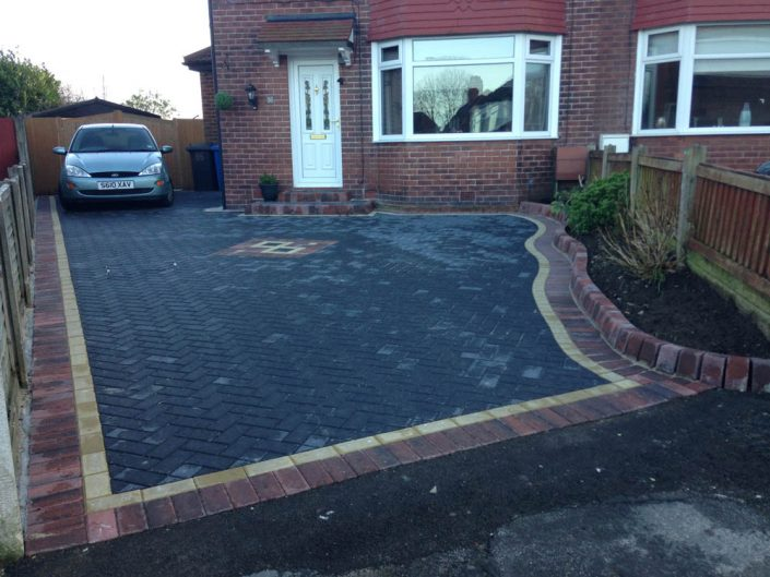 Charcoal Block Paving Warrington PFL Contactors