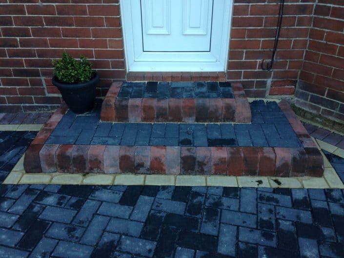 Charcoal Block Paving Warrington PFL Contactors